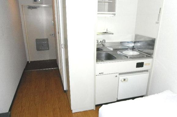 キッチン・廊下