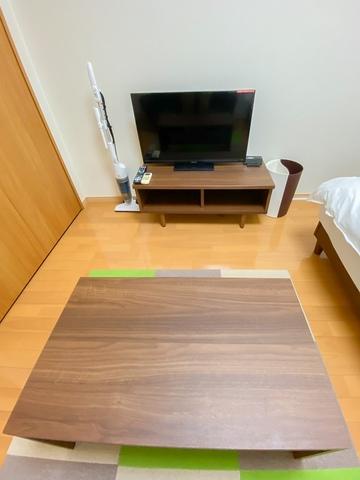ローテーブル、テレビ