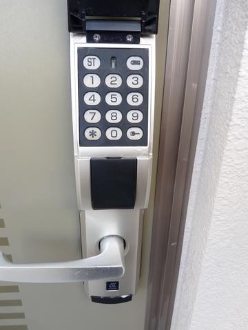 玄関電子キー