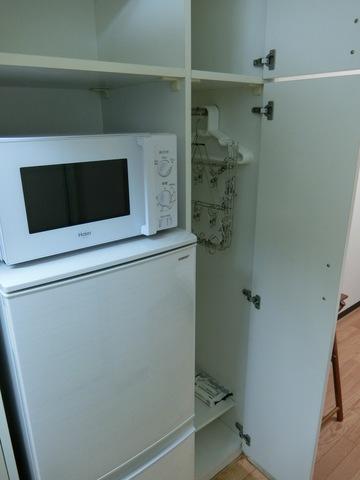 冷蔵庫、レンジ、収納