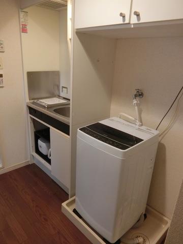 キッチン、室内洗濯機