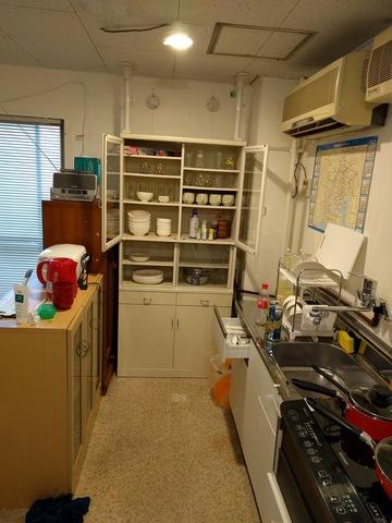 食器や鍋などIHやティファールと電子レンジやトースターも有り