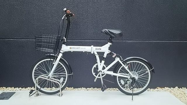 レンタサイクル(200円/日)でご利用できます。
