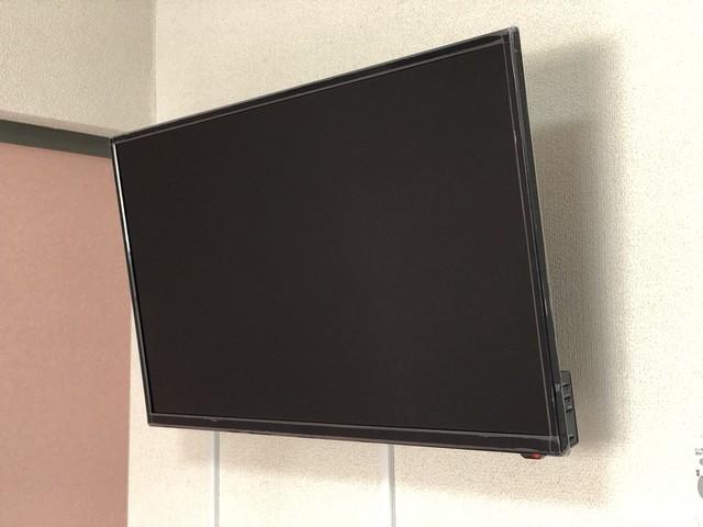 テレビ(壁掛け)