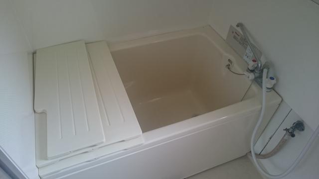 シャワーだけでなく湯船もお使いくださいね