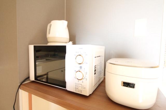 炊飯器・電子レンジ・電気ポット付