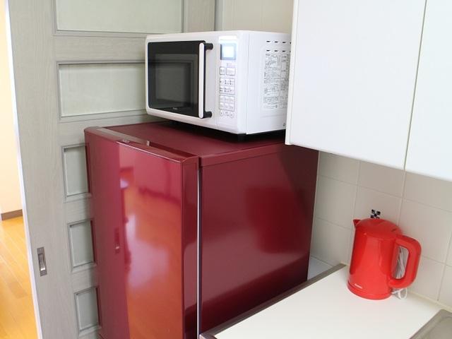 冷蔵庫、レンジ、電子ケトル