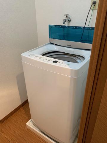 洗濯機は7キロタイプ(大きめです)