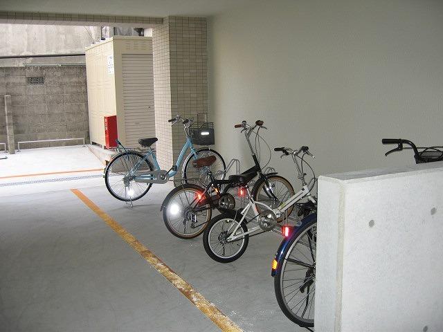 駐輪場 自転車無料