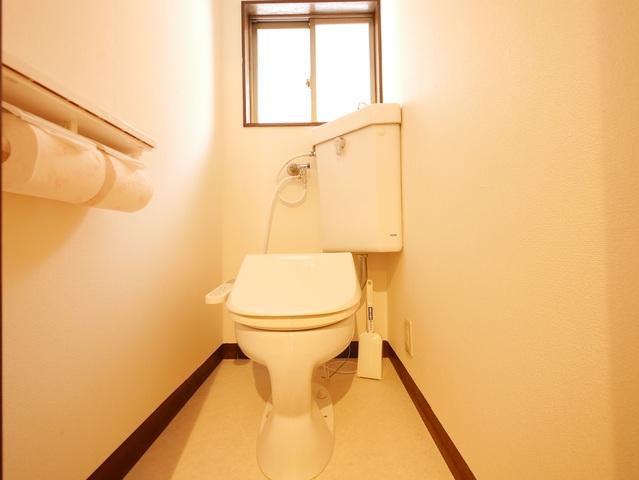 共用のトイレ