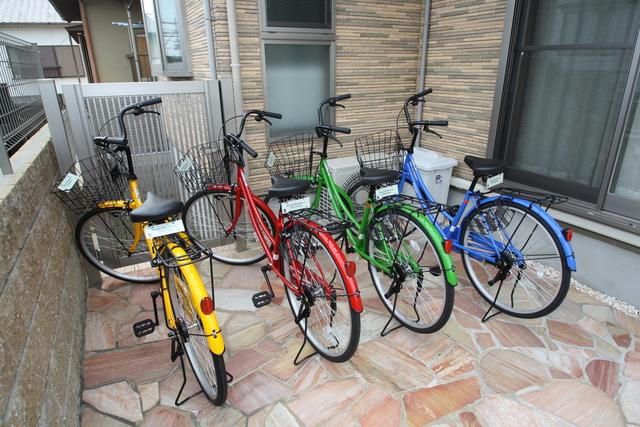 備付の自転車が4台ございます