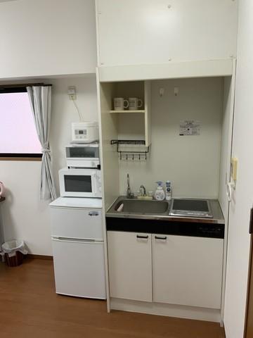 IHコンロ、冷蔵庫、電子レンジ、炊飯器、トスタ